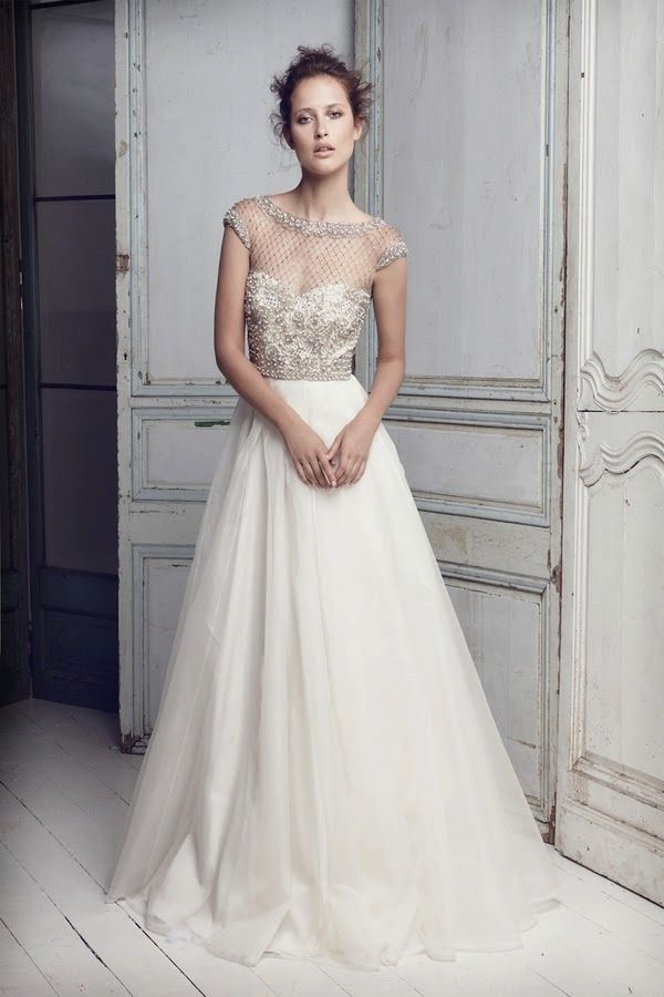 Wedding Dress Of The Week by Collette Dinnigan | Pearl beads ...