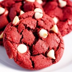 Red Velvet White Chocolate Chip Cookies - chocolaty, chewy and gorgeously red. Any day is a great day for red velvet!