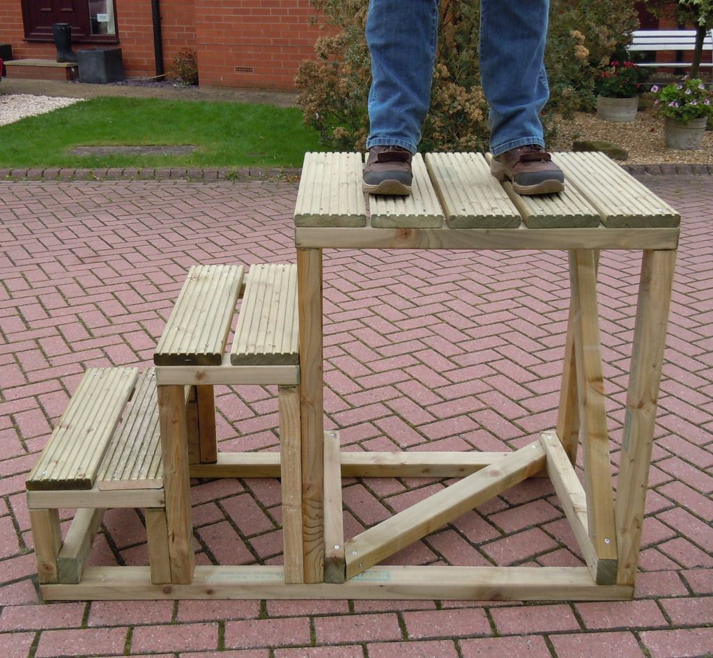 Can Anyone Recommend Good High Mounting Blocks Barn Ideas Horse