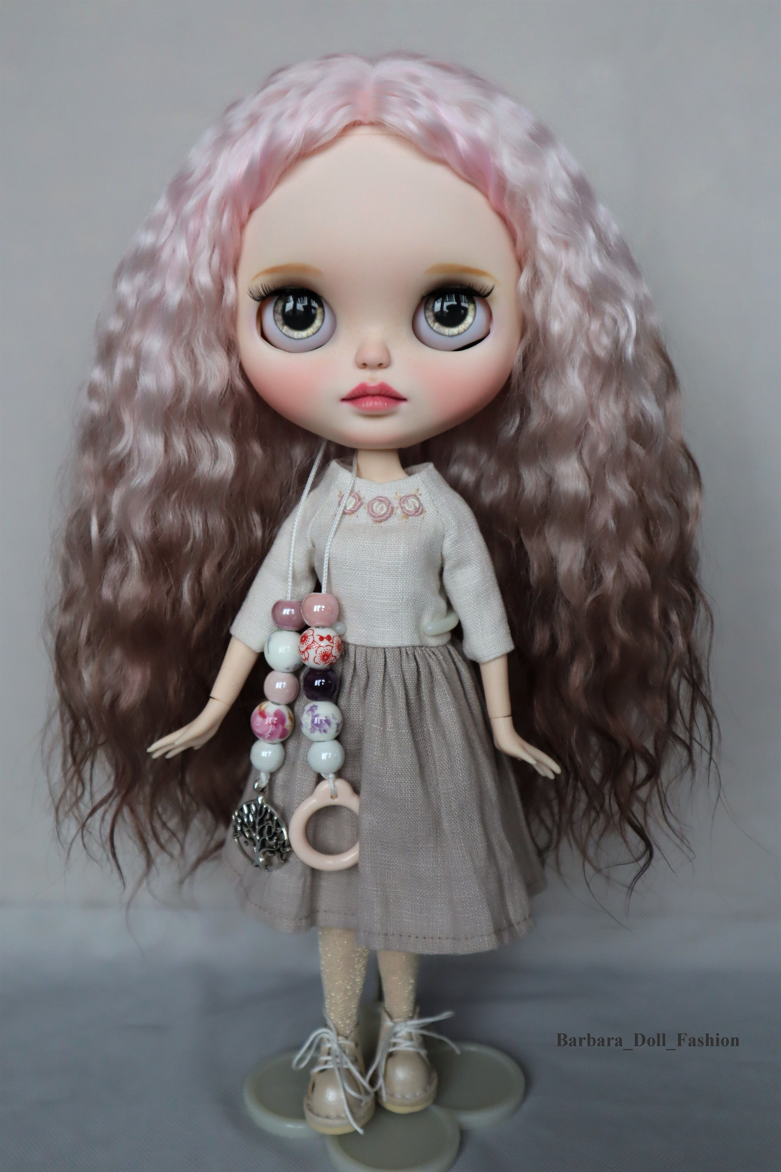 Wig for Blythe Doll Outfit  dress
