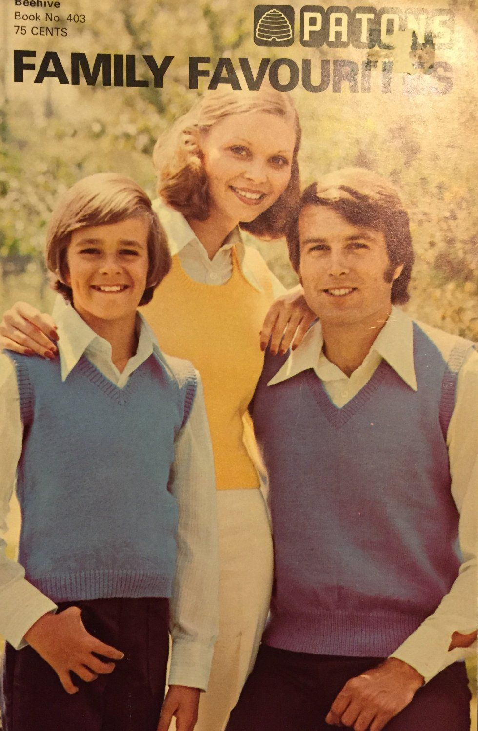 This is a Paton\'s knitting and crochet pattern for sweaters and ...