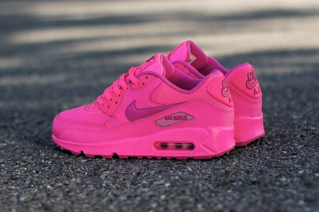 Women shoes in 2020 | Women shoes, Air max sneakers, Shoes