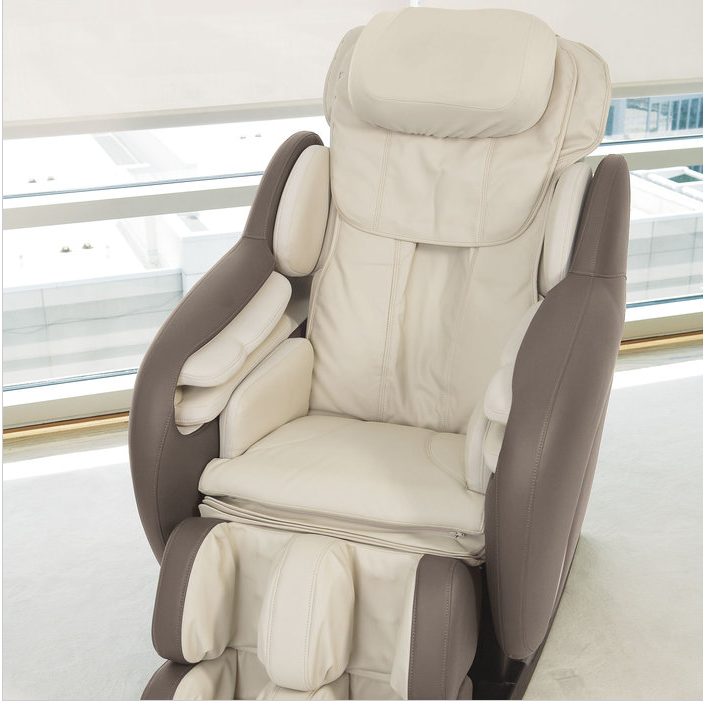 OSIM uAstro ZeroGravity Massage Chair on http