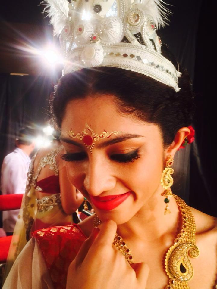 Bridal Makeup by Abhijit Paul  Visit www ShaadiSimplified