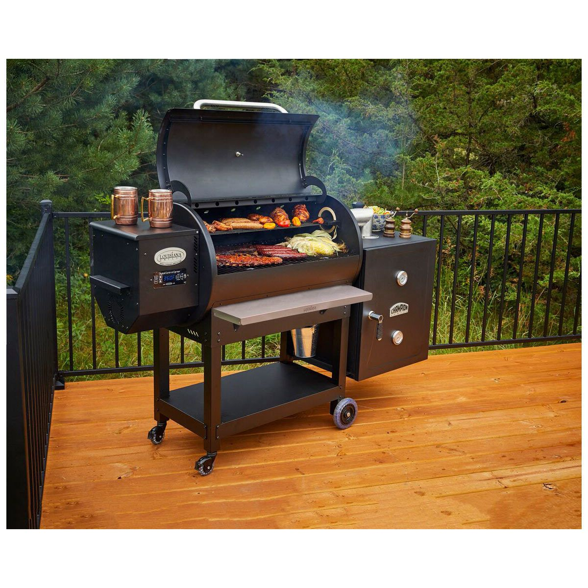 Louisiana Grills Series LG900 Grill + Cold Smoke Cabinet +