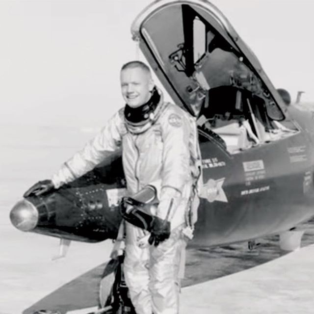 neil armstrong navy pilot - photo #7
