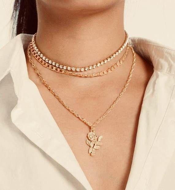 سلاسل ذهب ناعمه مكتوب عليها اسماء و حروف Soft Gold Chains With Names And Letters سل Stylish Necklace Diamond Jewelry Necklace Beautiful Necklaces