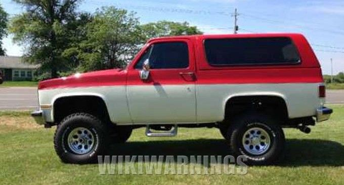 Stolen 1989 Gmc Jimmy Red And White Gmc K5 Blazer Red And White
