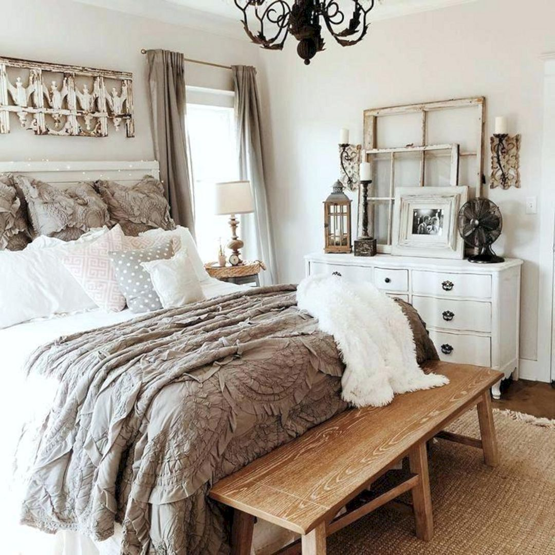 15 Modern French Bedroom Decoration That Inspired For You Copy