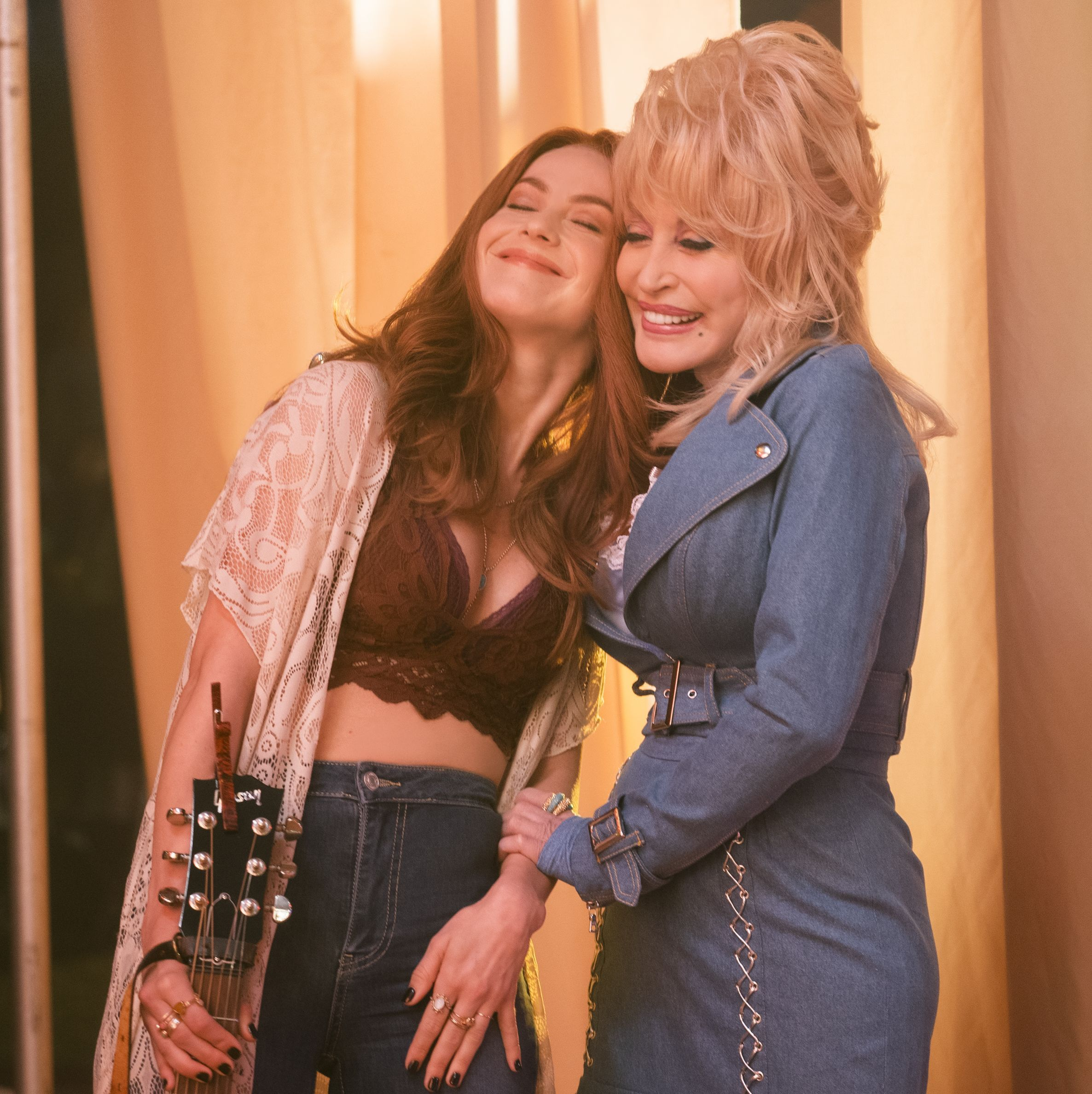 'Dolly Parton's Heartstrings' Has Finally Premiered on