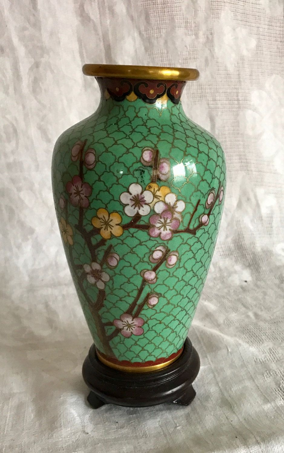 6 vintage chinese cloisonne vase green enamel peach blossoms pink 6 vintage chinese cloisonne vase green enamel peach blossoms pink flowers with hardwood stand by reviewsmspy