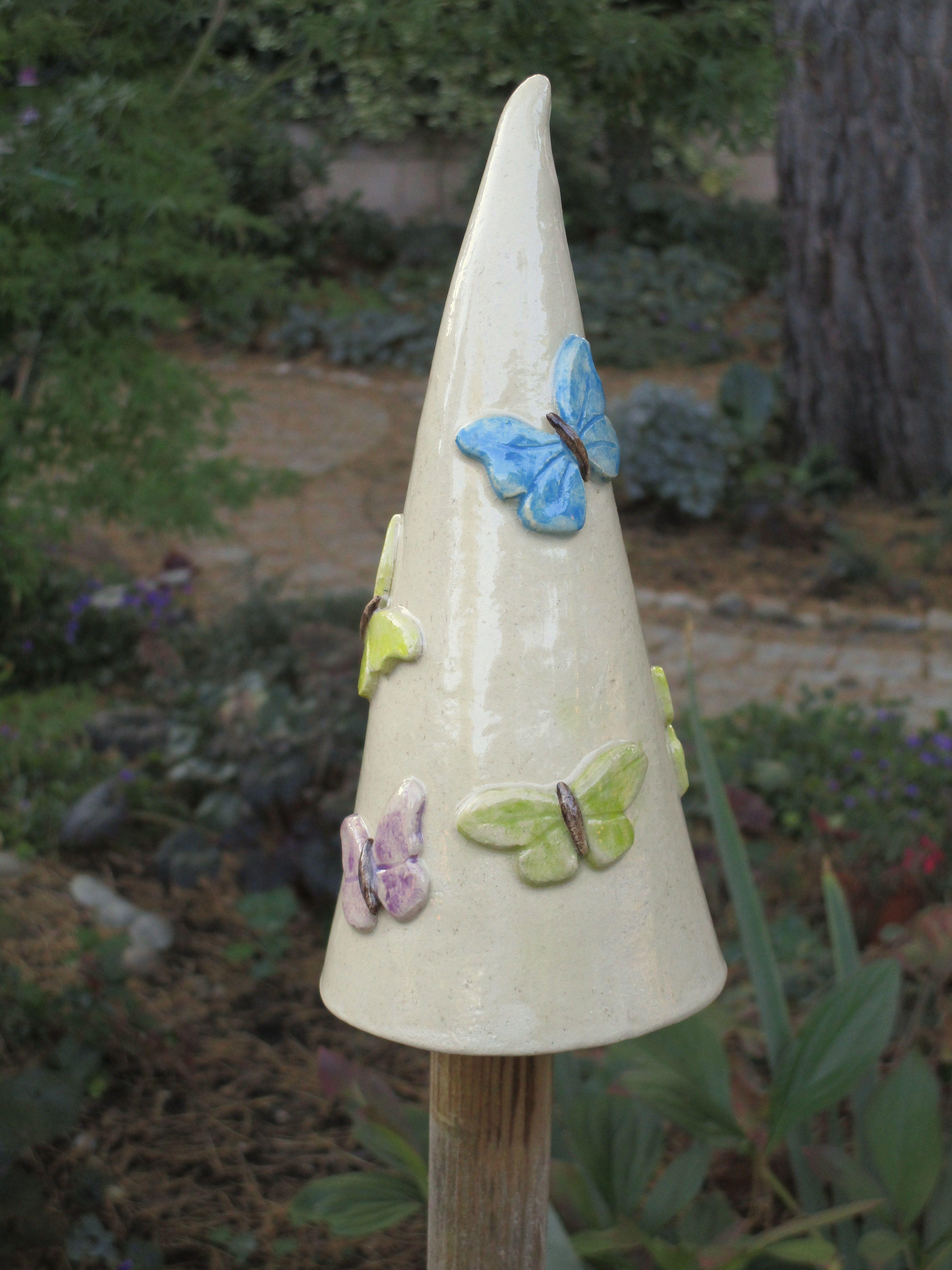 Pin By Cherryll Southey On Ceramics For Me Vertical Garden Diy Garden Decor Ceramics