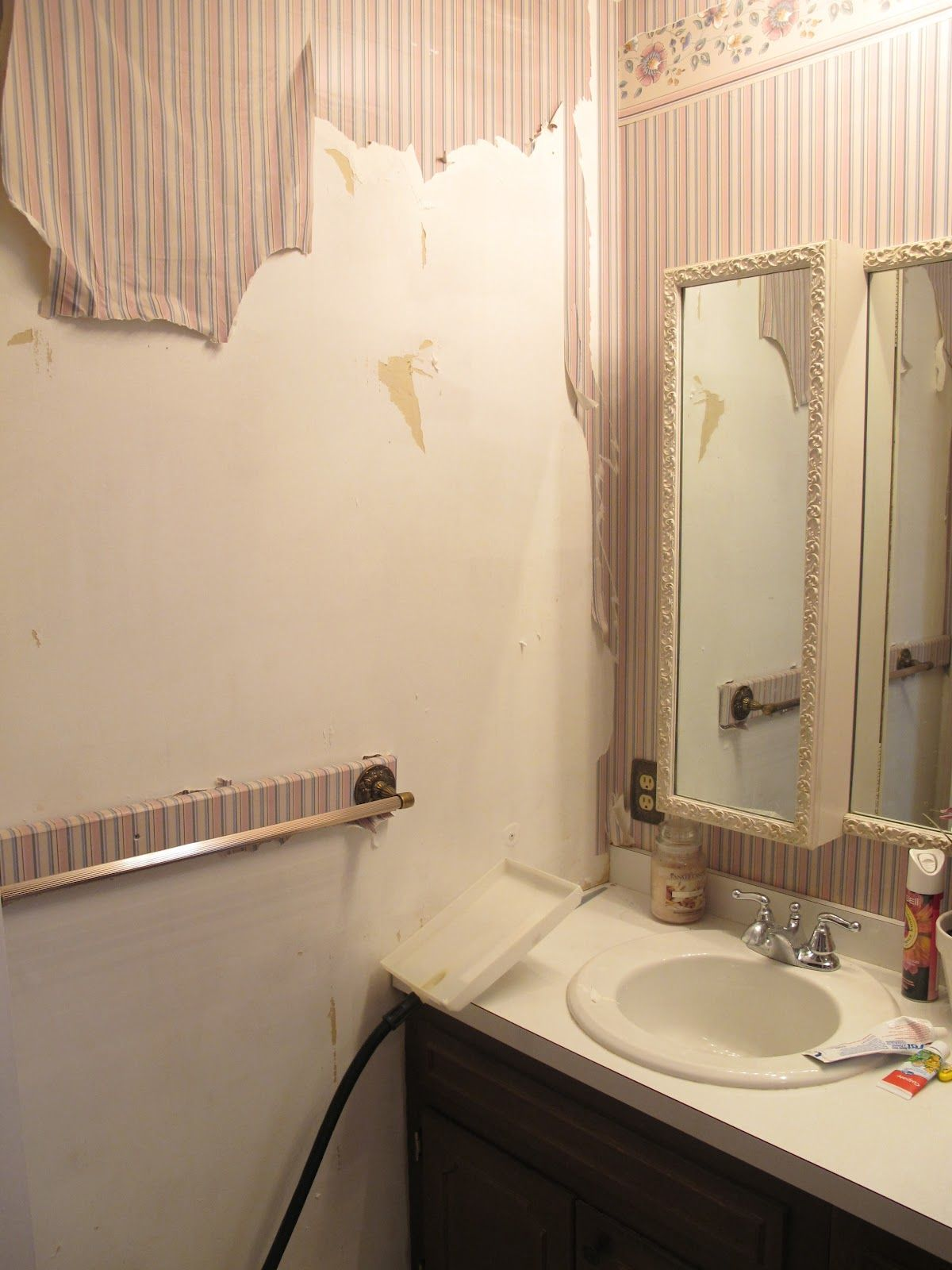 Before After My Pretty Painted Bathroom Vanity Best Bathroom