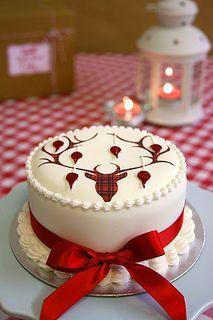 Tartan Reindeer Christmas Cake Christmas Cake Designs Christmas Cake Christmas Cake Decorations