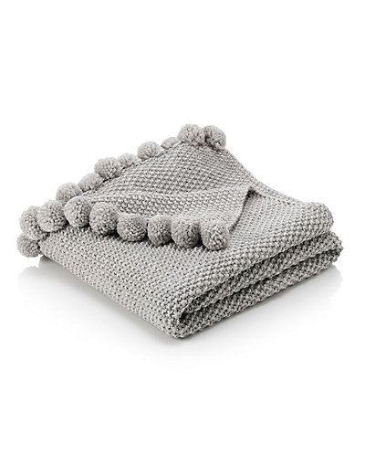 Pom-Pom Throw | Knitted throws, Knitted blankets, Bed throws