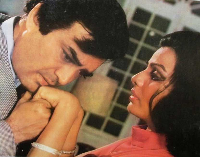 Image result for sanjeev kumar with Sulakshana Pandit