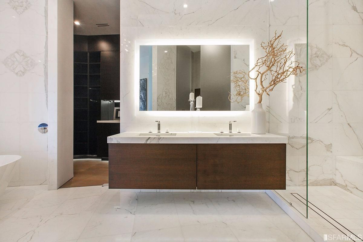Delightful The Open Floor Plan, Carrara Marble, Antiseptic Decor Trend Doesnu0027t Always  Work Well. Inside A Stately San Francisco Victorian Or Edwardian, ...