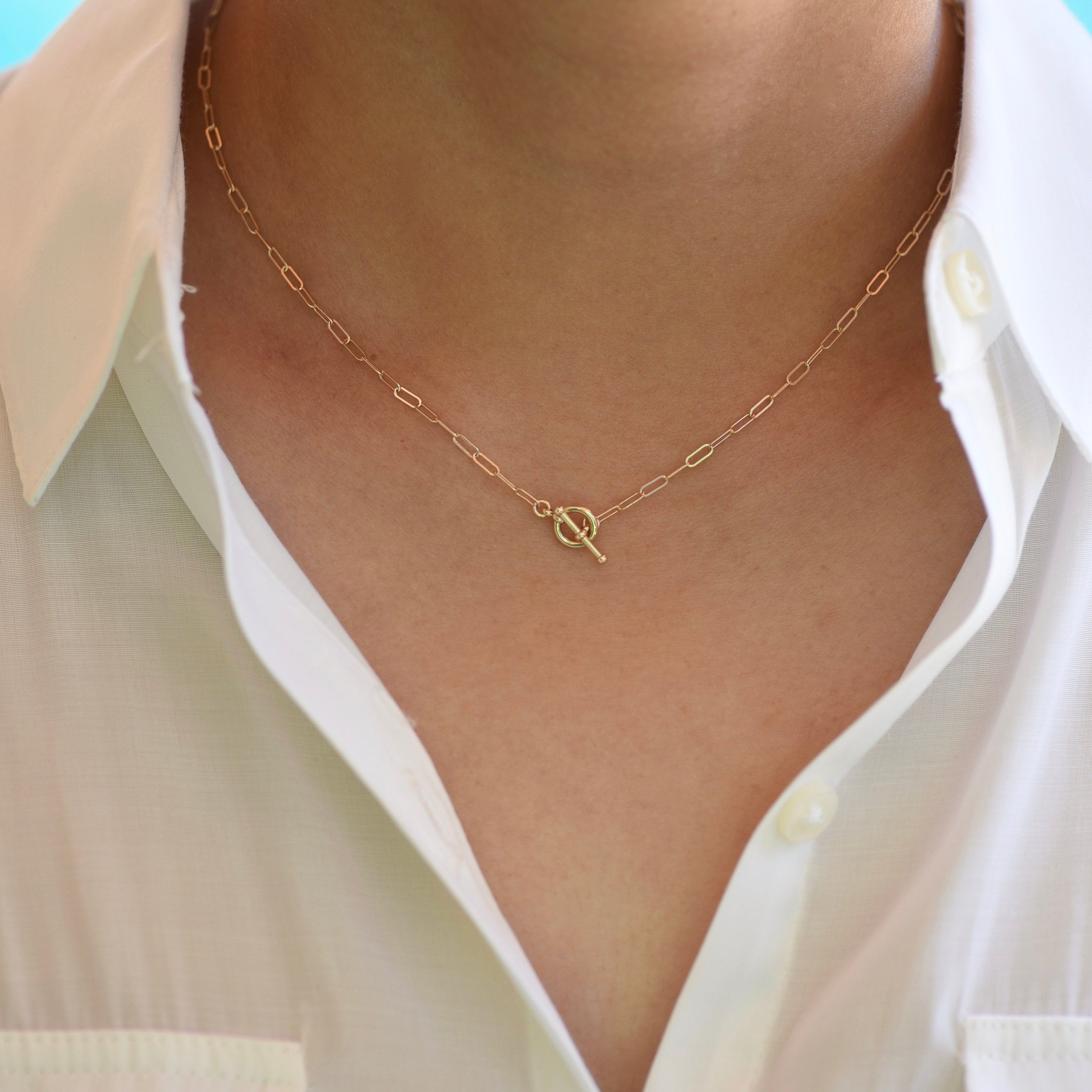 14k Gold Toggle Necklace Gold Paper Clip Chain Delicate Etsy In 2021 Girly Jewelry Delicate Necklace Delicate Gold Necklace