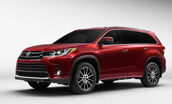 2017 Toyota Highlander Design With Images Toyota Highlander Xle
