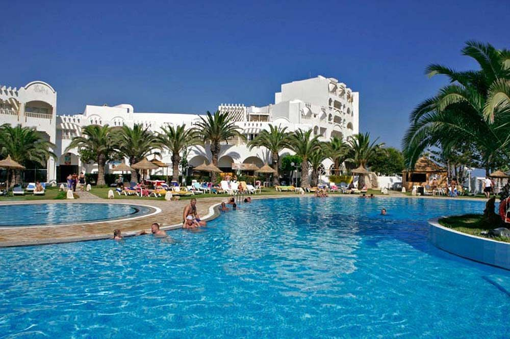 With a stay at Houda Golf and Beach Club in Monastir, you'll be within the  vicinity of Ribat of Sousse and Sousse Beach. This all-inclusive hotel i…