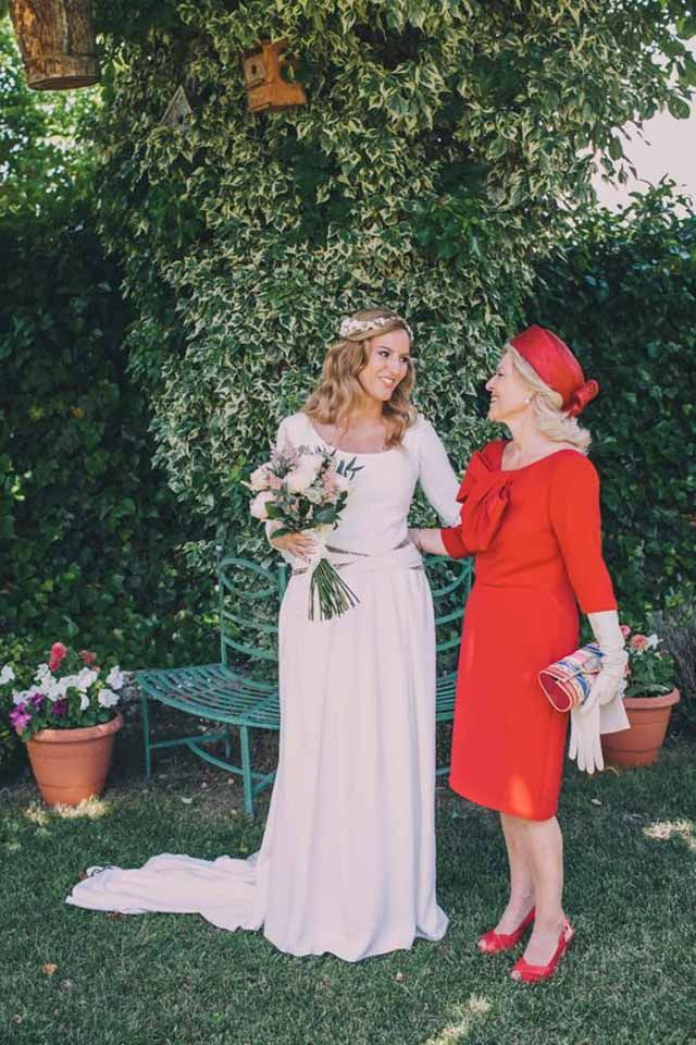 cómo ser la madrina o madre de la novia perfecta   atodoconfetti