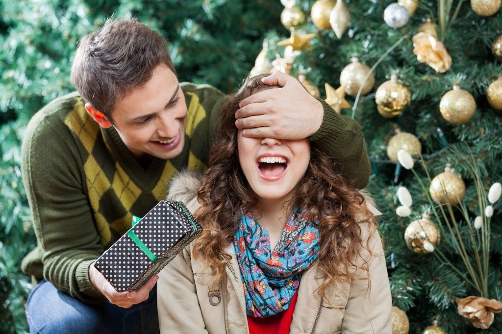 10 Christmas Gift Ideas For The Wife Under $50 | Seasonal Saving ...