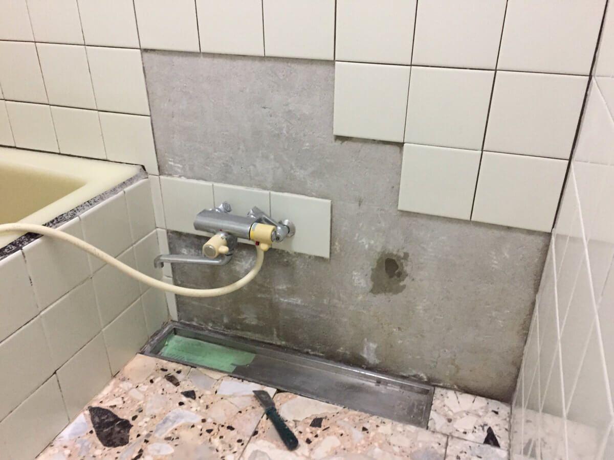 浴室タイルの張り替えをdiyで行うときの注意点についてまとめました