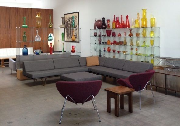 High end modern furniture proudly manufactured by modernica in los angeles california