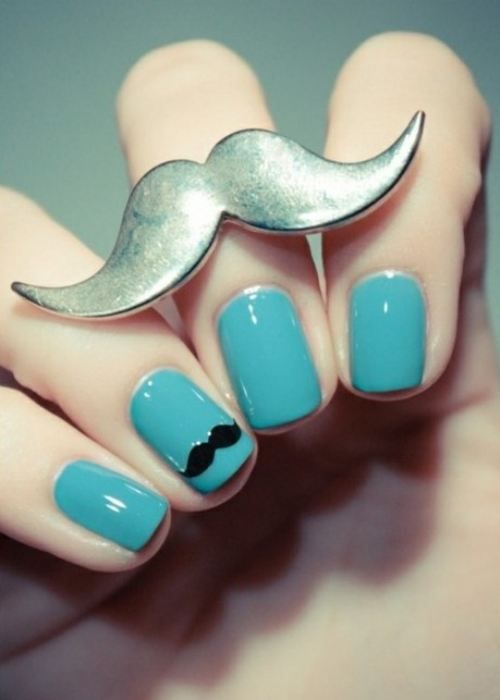 mustache ring... I want this