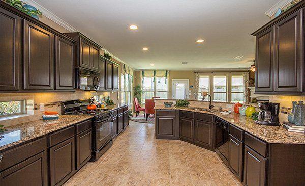 Exceptionnel Kitchen, Waterstone: Brookstone Collection