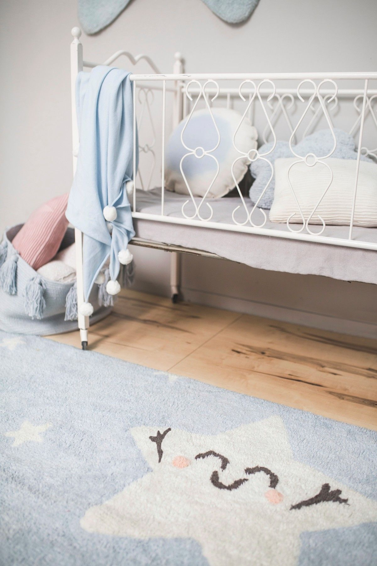 Alfombras Infantiles Lorena Canals Happy First Steps With Lorena Canals By Mr Wonderful Lorena