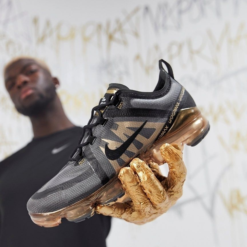 6b44efa202b60 Nike Air VaporMax 2019 Black   Gold isds.co sc AR6631-002 Credit   JD  Sports —  nike  airmax  vapormax  sneakerhead  sneakersaddict  sneakers   kicks ...