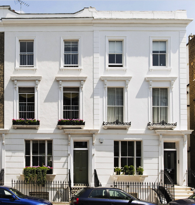 London Apartments Exterior: London Townhouses, Always Full Of Character.