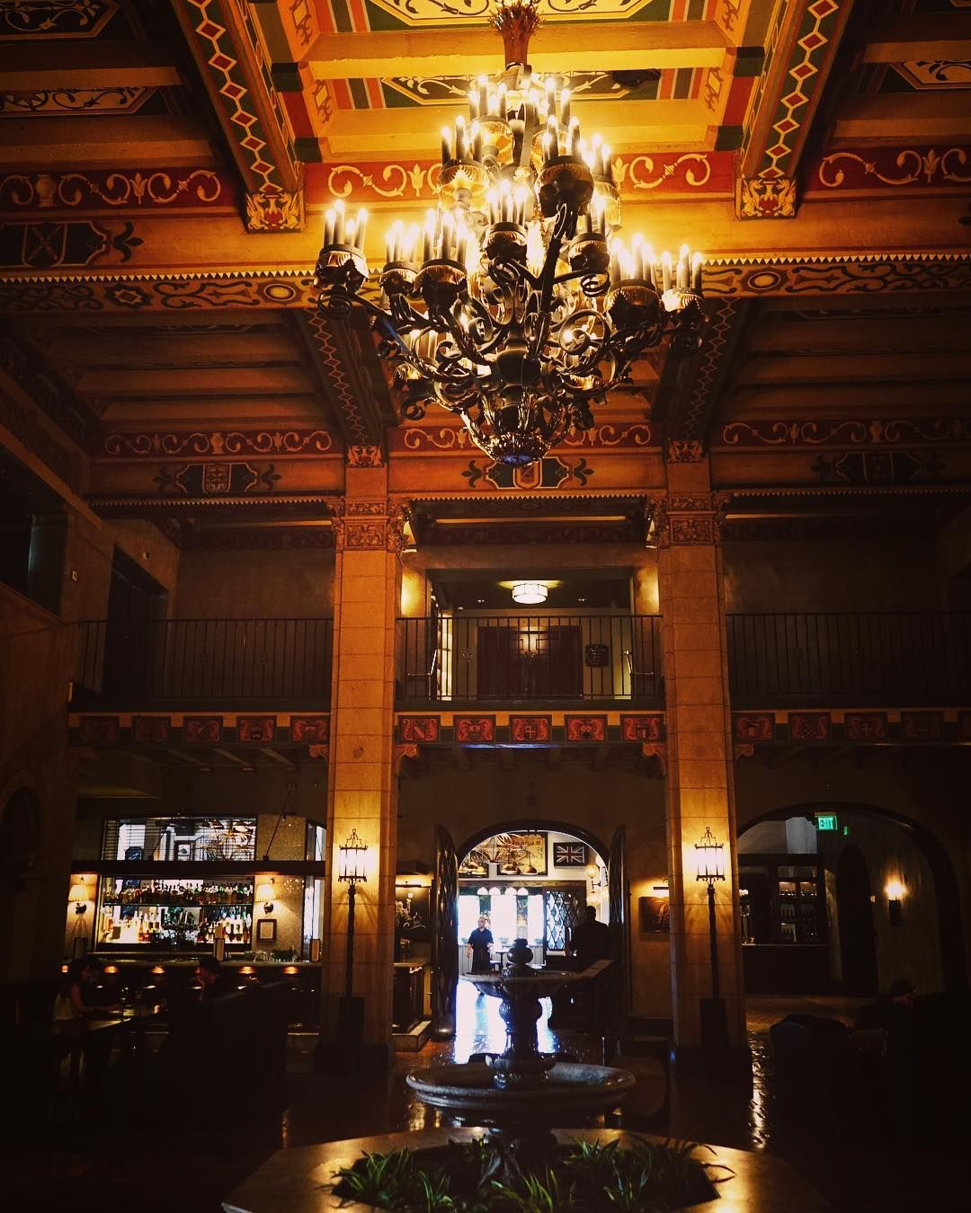 Roosevelt Hotel Interior, Hollywood, CaliforniaThe Cool