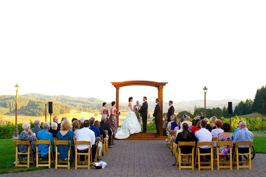 Sweet Cheeks Winery Vineyard Wedding For Kerry And Nathan By Oregon Photographer Joshua Rainey Photography In Eugene