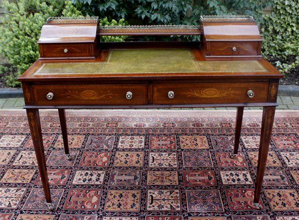 Antique Table / Desk - Mahogany Sheraton Style Desk or Writing Table - Antique Writing Desk - Http://theinterioridea.com/antique-writing