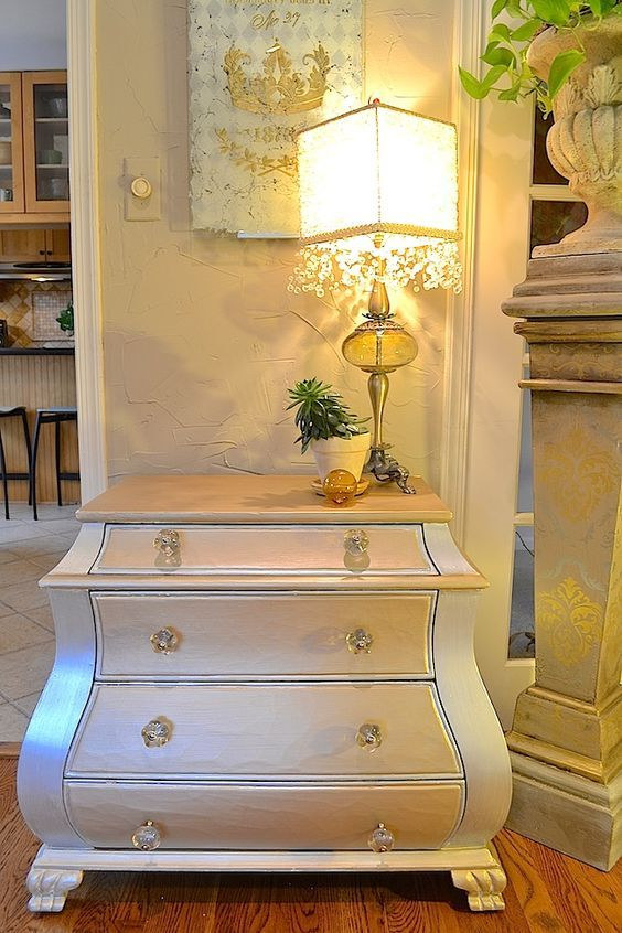 How To Paint Furniture With Metallic Paints And Matte Metallics Modern Masters Blog Diy By Debbie Ha Metallic Painted Furniture Painted Furniture Furniture
