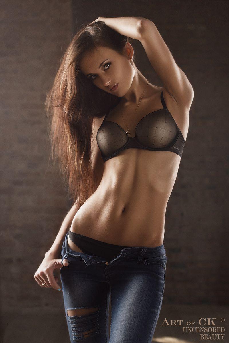 fully nude amature girls