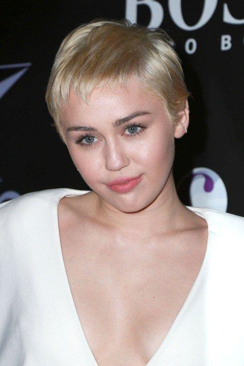 Miley Cyrus Haircuts und Frisuren - 20 coole Ideen für