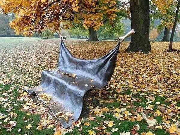 drape bench