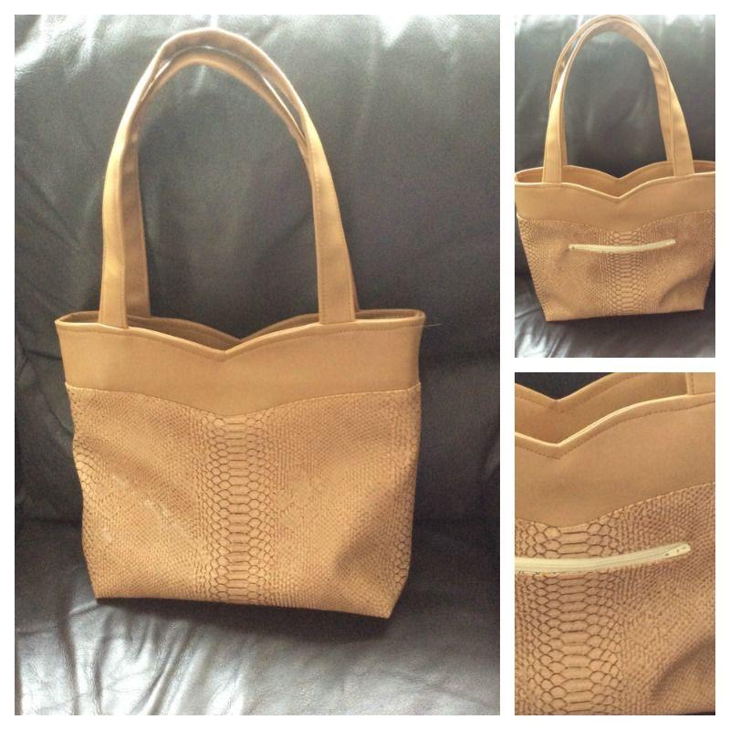 Sac Annie cousu par Cousette33 en 2  similis camel - patron couture http://sacotin.com/boutique/patron-de-sac-annie/