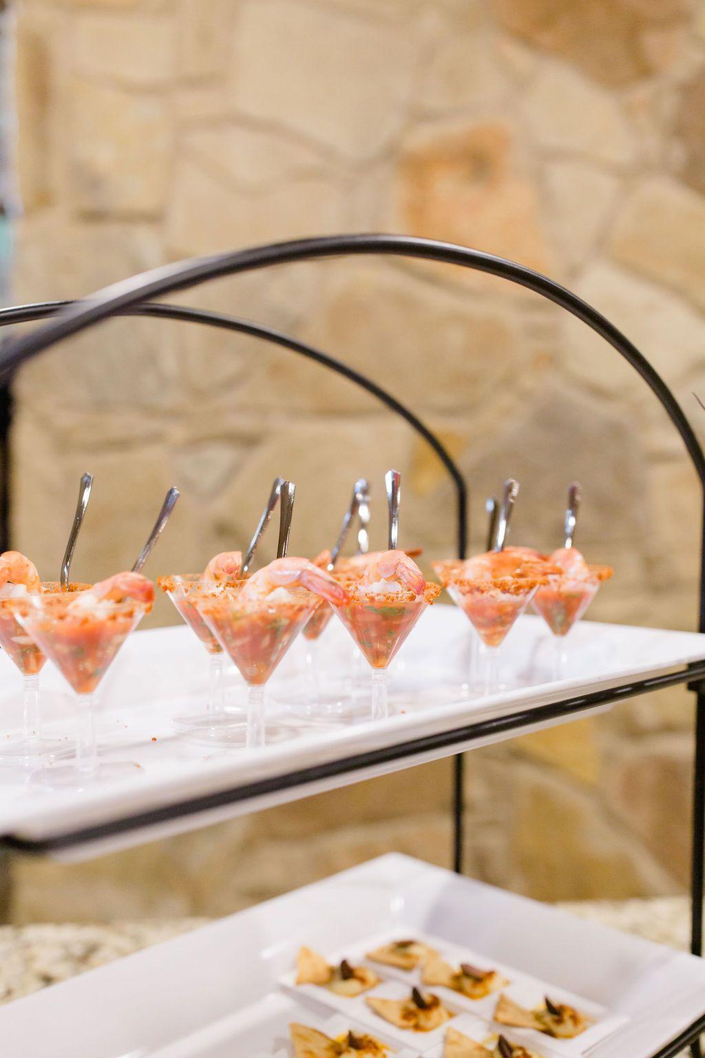 Lodge Wedding Venue In Denton Texas In 2020 Wedding Catering