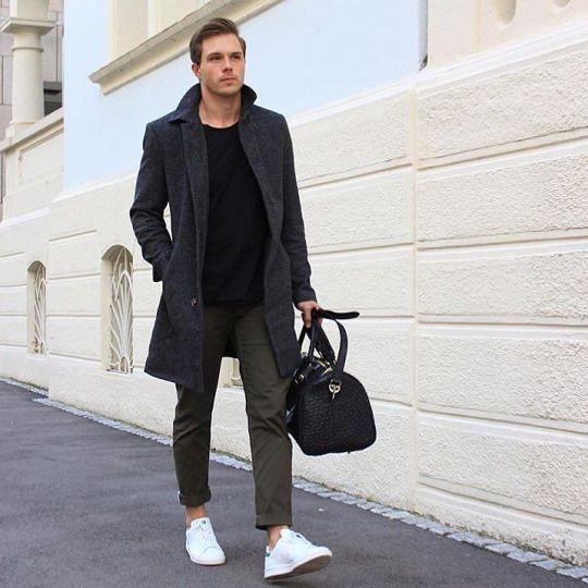 pantalon kaki pull noir veste grise et baskets blanches. Black Bedroom Furniture Sets. Home Design Ideas