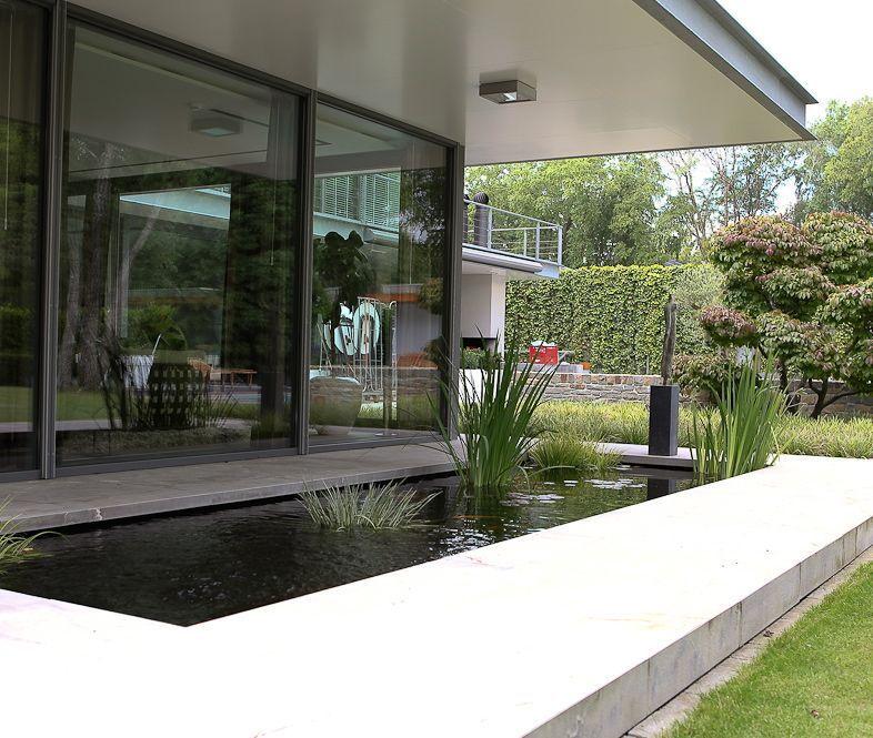 Inspiratie 39 voorbeelden van strakke tuinen outside for Zwemvijver benodigdheden