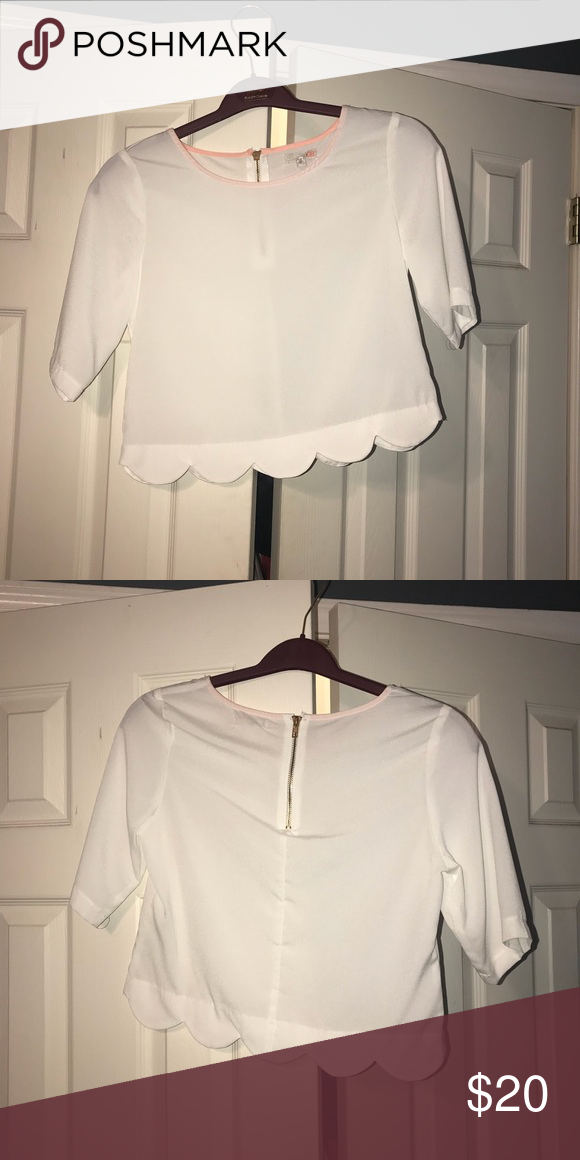 49fce6f34b White Scallop Crop Top White scallop crop top. worn once. has been dry  cleaned Gianni Bini Tops Crop Tops