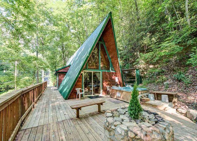 Bedroom Cabins In Gatlinburg For Rent By Jackson Mountains Homes. We Offer  Some Of The Best Gatlinburg Cabin Rentals.