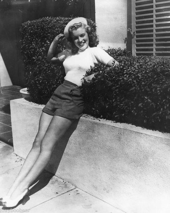 1948 Marilyn Monroe In Sailor Cap