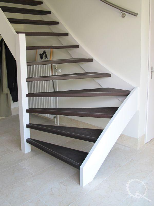 Iets Nieuws Wengé onderkwart trap met RVS strip en leuning | Home & Decor @OK93