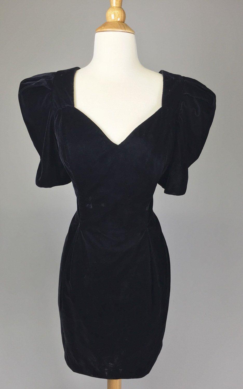 The Vamp - 80s Prom Costume Black Velvet Cocktail Dress Women\'s Size ...