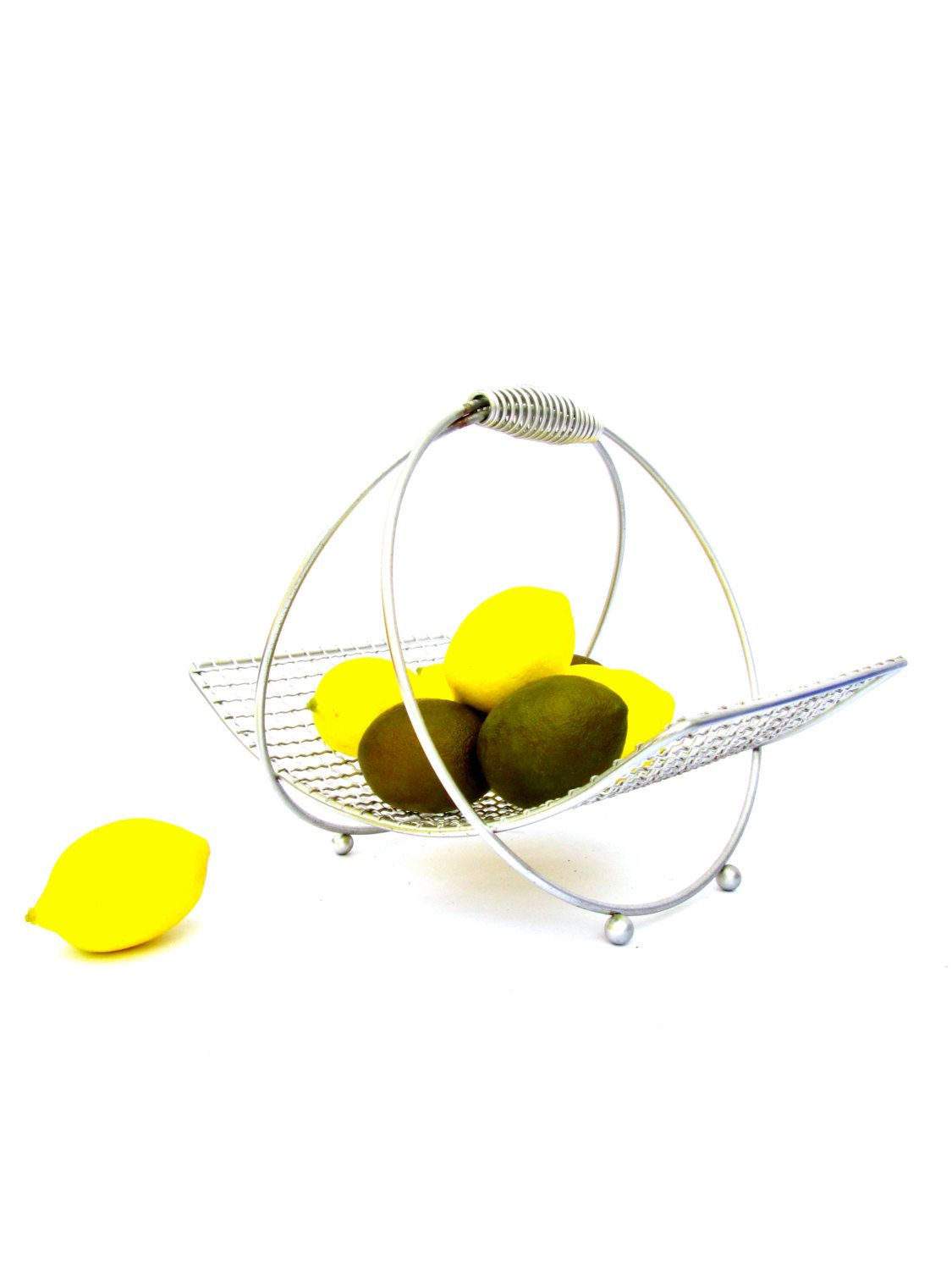 Modern Mid-Century Chrome Wire Fruit / Bread Basket | Fruit bread ...